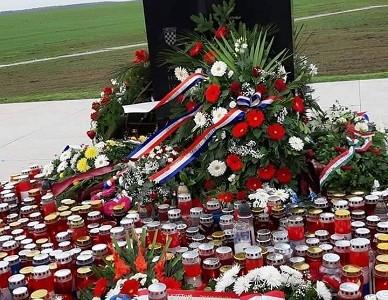 """Vukovarski branitelj: """"kada smo se probili iz Vukovara očekivali smo da će nas netko potapšati po ramenu, a dobili smo """"cipelu""""!"""""""