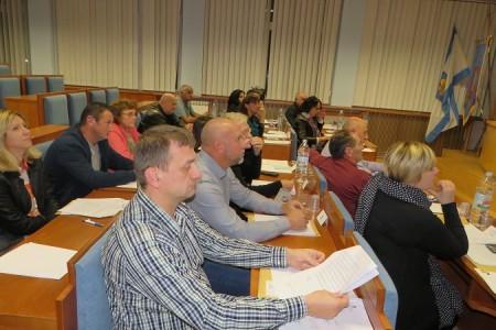 Sedmero članova Vijeća grada Gospića pozvalo predsjednika Vijeća da sazove sjednicu
