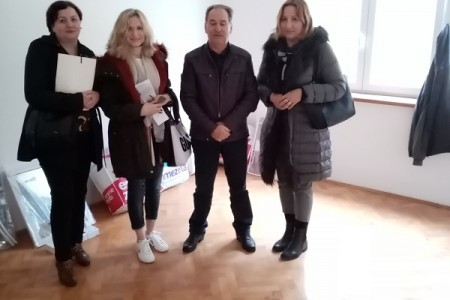 Tako se radi: Grad Gospić osigurao stan za liječnicu, specijalisticu palijativne skrbi!!!