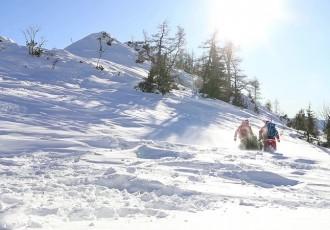Lijepa božićna priča: Piršljin i Krznarić okitili jelku na vrhu Alpa!