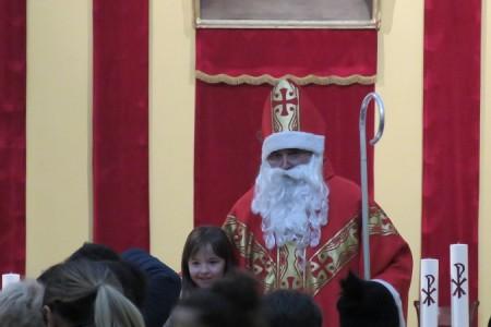 Sa svetim Nikolom u Gospiću počela adventska manifestacija