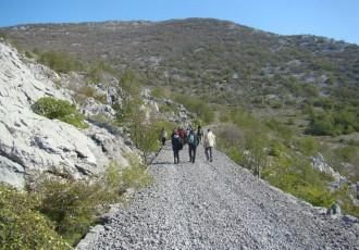 Počela turistička sezona za Park prirode Velebit. Od sada imaju i turistički vlak!!!