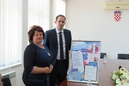 Gospić među prva tri grada u Hrvatskoj koji koristi uslugu e-Novorođenče