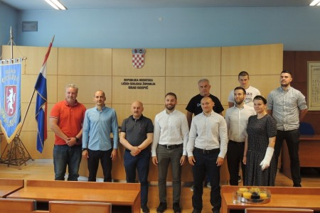 """Grad Gospić danas je postao bogatiji za još jedan sportski klub – Gimnastički klub """"Lički sokol""""."""