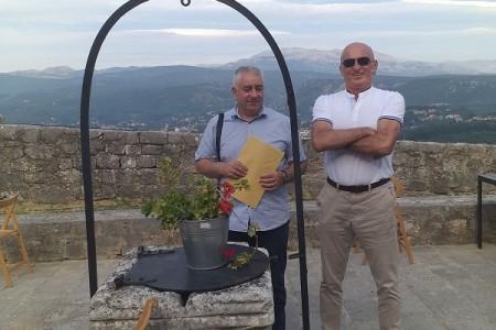 Gospićki pjesnici Branimir Mikić i Danko Ivšinović na Kninskoj tvrđavi