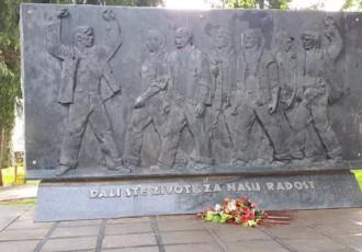 Velika međunarodna podrška ostanku spomenika žrtvama fašizma u središtu Perušića