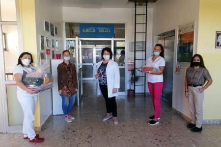 LIJEPO: Društvo Naša djeca Gospić  daruje Dječji odjel gospićke bolnice