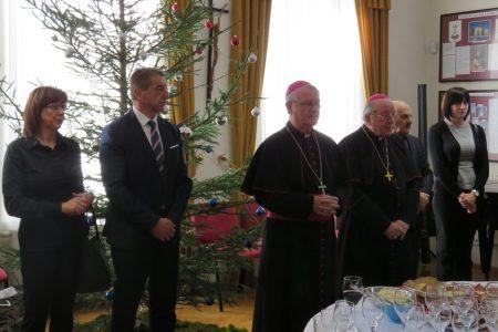 Župan Darko Milinović uputio sućut povodom smrti biskupa Mile Bogovića