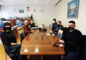 """LIJEPO: doc.dr.sc. Ivan Brlić radit će monografiju """"Povijest nogometnog kluba Gospić 91""""!!!"""