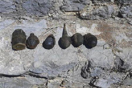 Ronioci Antiterorističke jedinice Lučko iz rijeke Novčice u Gospiću izvadili bombe