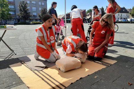 LIJEPO: Gospićki Crveni križ obilježio Svjetski dan prve pomoći