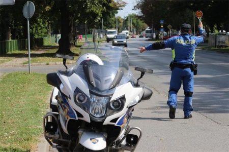 Na području Policijske uprave ličko-senjske tijekom proteklog vikenda evidentirano je 18 prometnih nesreća