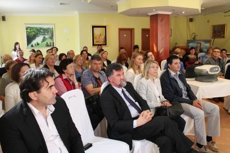 Pedijatri iz 3 županije okupili se u Gospiću