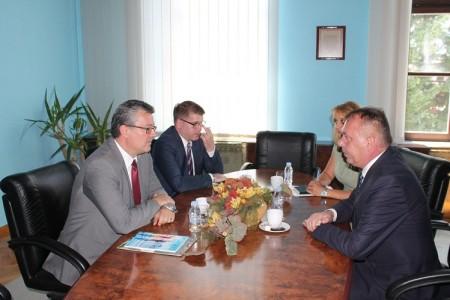 Premijer Orešković posjetio Liku