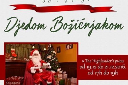 Božićni kutak studija FMI  i Highlander's puba