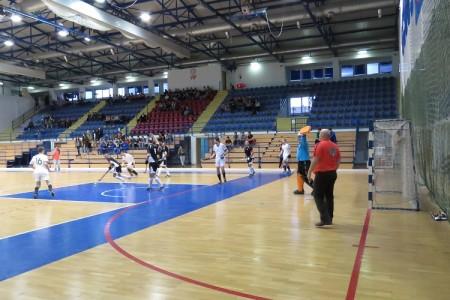 Krenuo festival dvoranskog hokeja u Gospiću