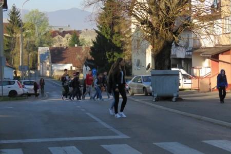 Džaba akcije, Gospićani i dalje djecu dovoze pred školska vrata