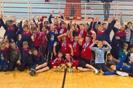 Mladi Gospićani sudjelovali na turniru u Senju