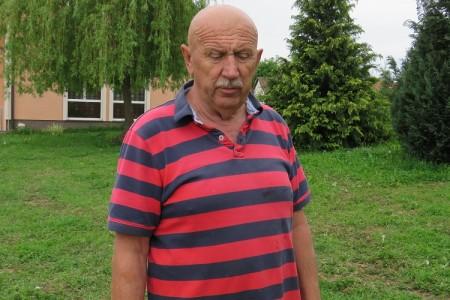Mile Pavelić pronašao zvončić u dvorištu