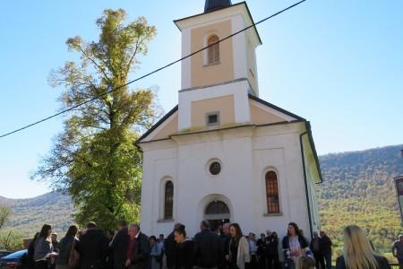 Slavlje suzaštitnice sela Svete Terezije Avilske u Bužim dovelo brojne raseljene Bužimce