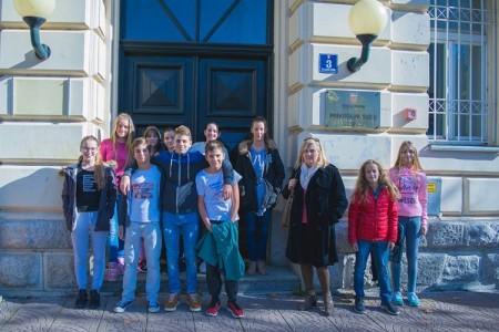 Dječje vijeće DND-a Gospić posjetilo gospićke sudove