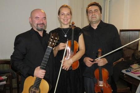 Dvije violine, gitara i koncert za pamćenje!!!