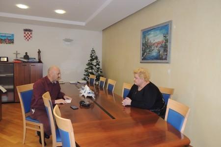 Darivanje kod gradonačelnika Gospića Karla Starčevića povodom blagdana