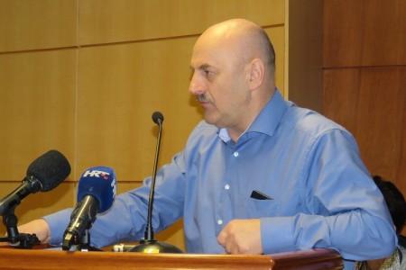 Gradonačelnik Karlo Starčević potpisao ugovor za izgradnju pristupne ceste Rakitovac!!!
