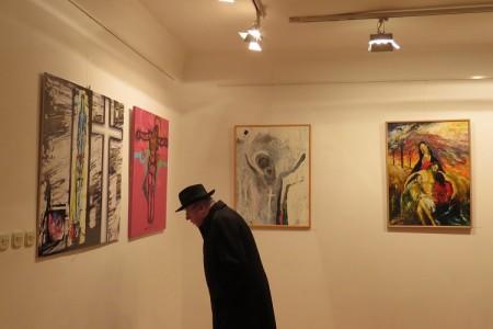 Do 21.travnja u Malom salonu Muzeja Like postavljena je izložba slika tematikom vezana uz Uskrs