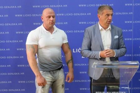 Župan Milinović primio najjačeg Balkanca Ruxa i članove njegovog kluba!!!