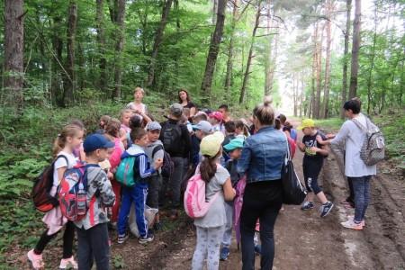 Prvašići gospićke osnovne škole na izletu u Jasikovcu!!!