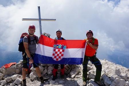 BRAVO za otočke visokogorce: U 24 sata kroz tri države na opasni vrh Jof di Montasio