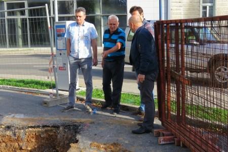 U centru Gospića počeli važni radovi na vodoopskrbnom sustavu!!! Gradilište obišao i gradonačelnik Karlo Starčević