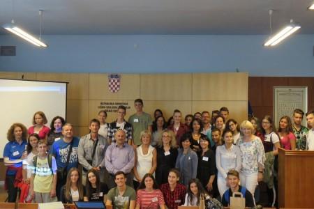 Sudionike velikog međunarodnog projekta ERASMUS+ danas primio gradonačelnik Karlo Starčević
