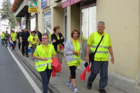 Hodočasnici iz Otočca do Solina danas se u Gospiću pojačali još jednim sudionikom