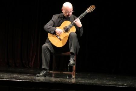 Tvrtko Sarić održao solistički koncert u rodnom Gospiću