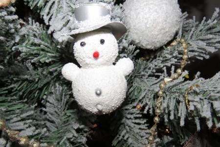 Sretan Božić želi Vam portal Lika-express!!!