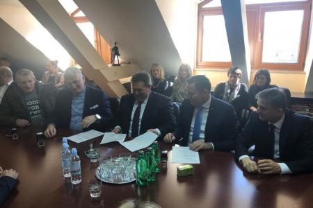 Potpisan nastavak  koalicije HDZ-HSS-HSP AS-HSU