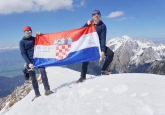 Uskršnji uspon Milana Krznarića i Stipe Piršljina na 2,060 metara visoku Begunjščicu