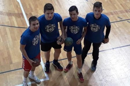 Bravo dečki: gospićki rukometaši Kovačević, Starčević,Stilinović i Rajič dobili poziv u regionalnu selekciju!!!