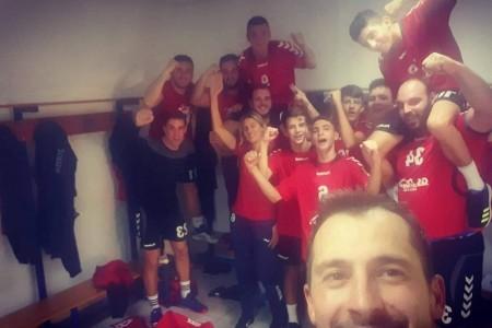 Odlični Jelić s 12 golova i Kolačević s 15 obrana seniore RK Gospić vodili do važne gostujuće  pobjede