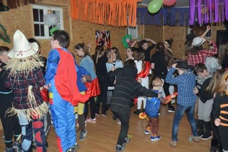 Dođite u subotu na Dječji maskenbal u Perušić!!!