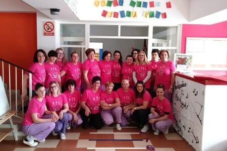U gospićkom Dječjem vrtiću obilježen Dan ružičastih majica