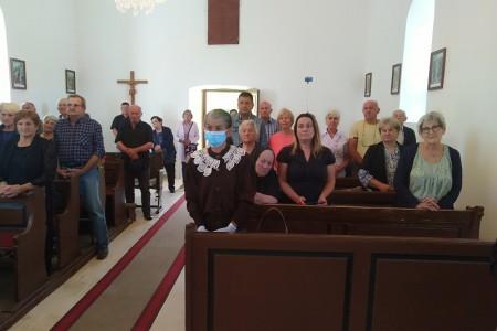 Crkveni zbor iz Ščitarjeva unio radost u opustjelo ličko selo Kaluđerovac