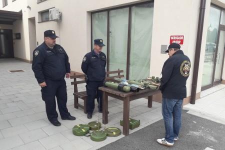 """Akcija """"Manje oružja manje tragedija"""" održana u Korenici"""