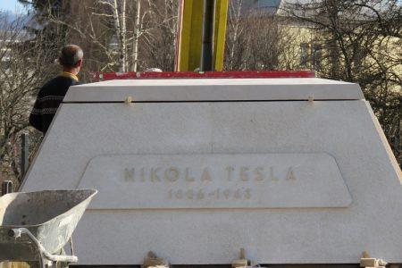 Približava se povratak spomenika Nikoli Tesli u Gospiću