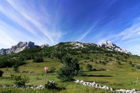 Članice PD Željezničar Gospić svladale u jednom danu 50 kilometara Velebita od Zavižana do Baških Oštarija