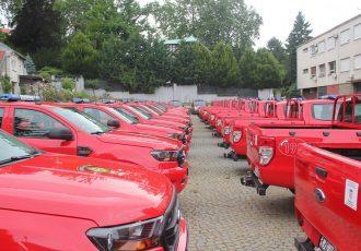 LIJEPO: Vatrogasci u Brinju, Lovincu, Donjem Lapcu, Vrhovinama i Plitvičkim Jezerima dobili nova vatrogasna vozila