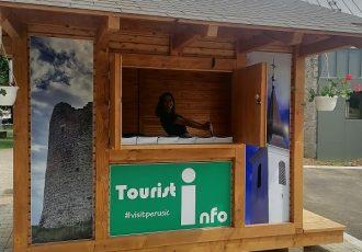 """Dok neke """"velike"""" turističke  zajednice ljenčare,  u Perušiću rade punom parom"""