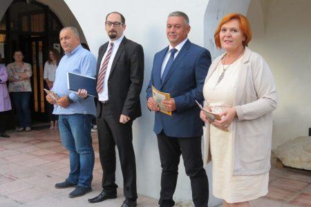 Izložbom u Muzeju Like Gospić obilježena 30. obljetnica prvog granatiranja Gospića